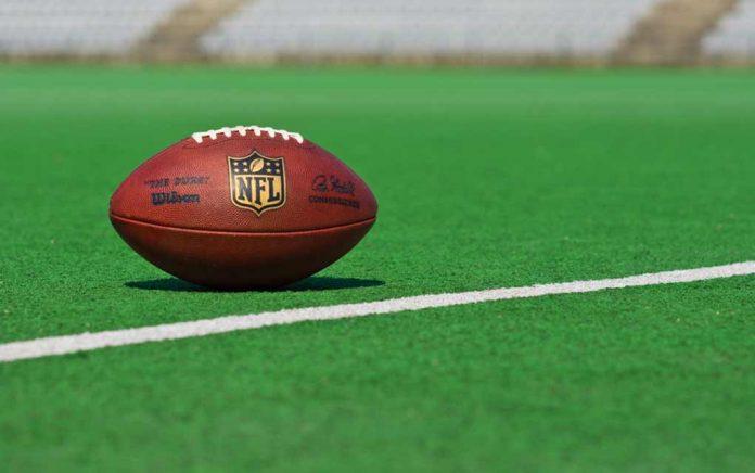 NFL Star Jay Cutler Endorses Donald Trump