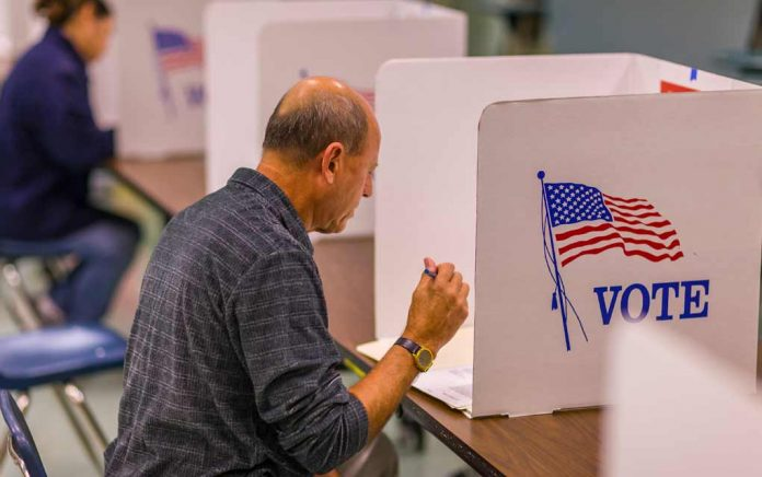 Arizona Voters File Lawsuit Against Maricopa County (REPORT)
