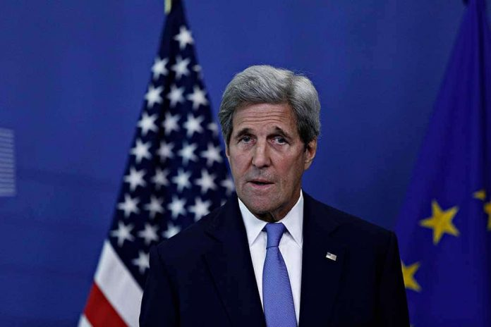 Mike Pompeo Accuses John Kerry of Working Against America