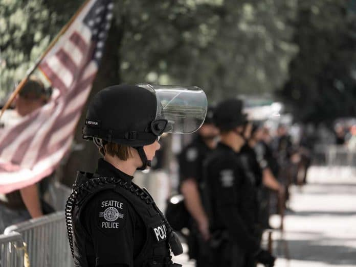 Police Stand up for Personal Rights Nationwide